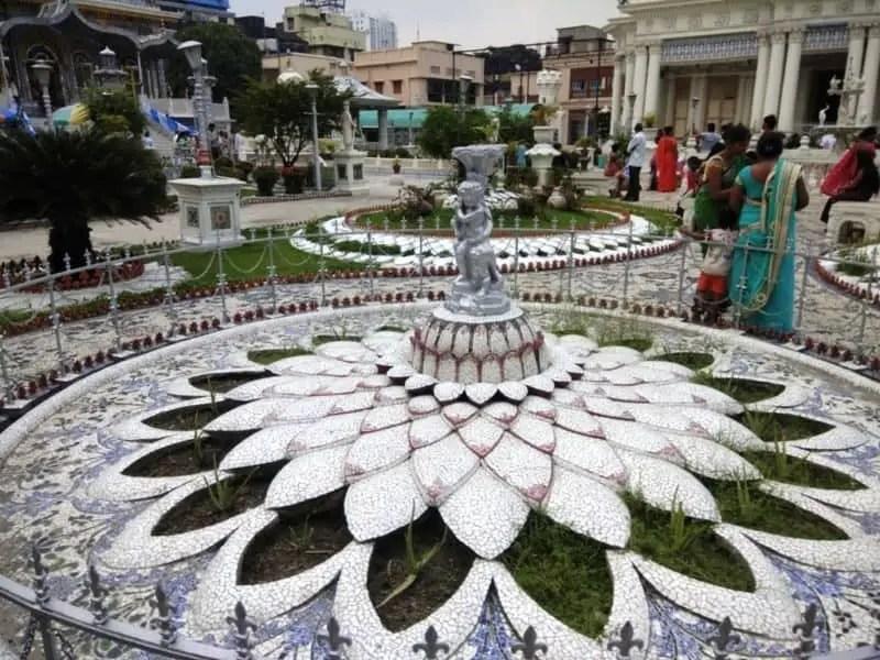 পরেশনাথ জৈন মন্দির কলকাতা    পশ্চিমবঙ্গের প্রাচীন ঐতিহাসিক স্থান