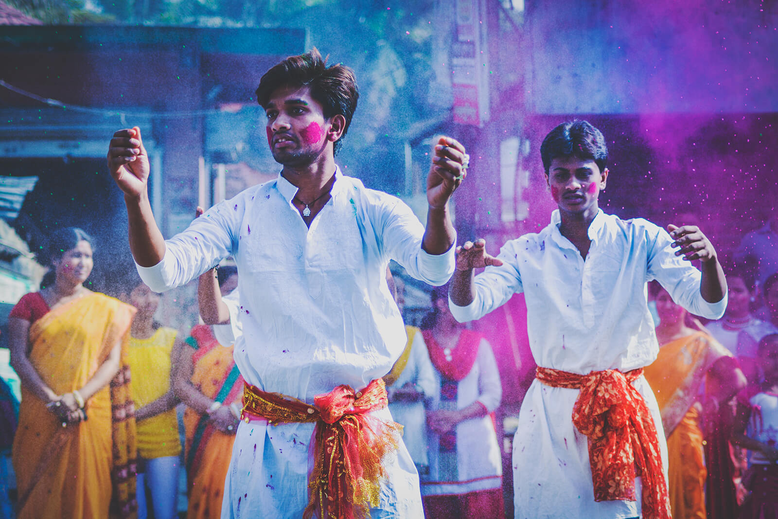 Holi festival in Kolkata, the most colorful Indian holiday