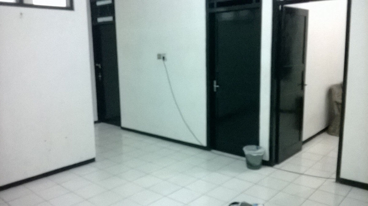The main area of my immigration detention cell in Indonesia