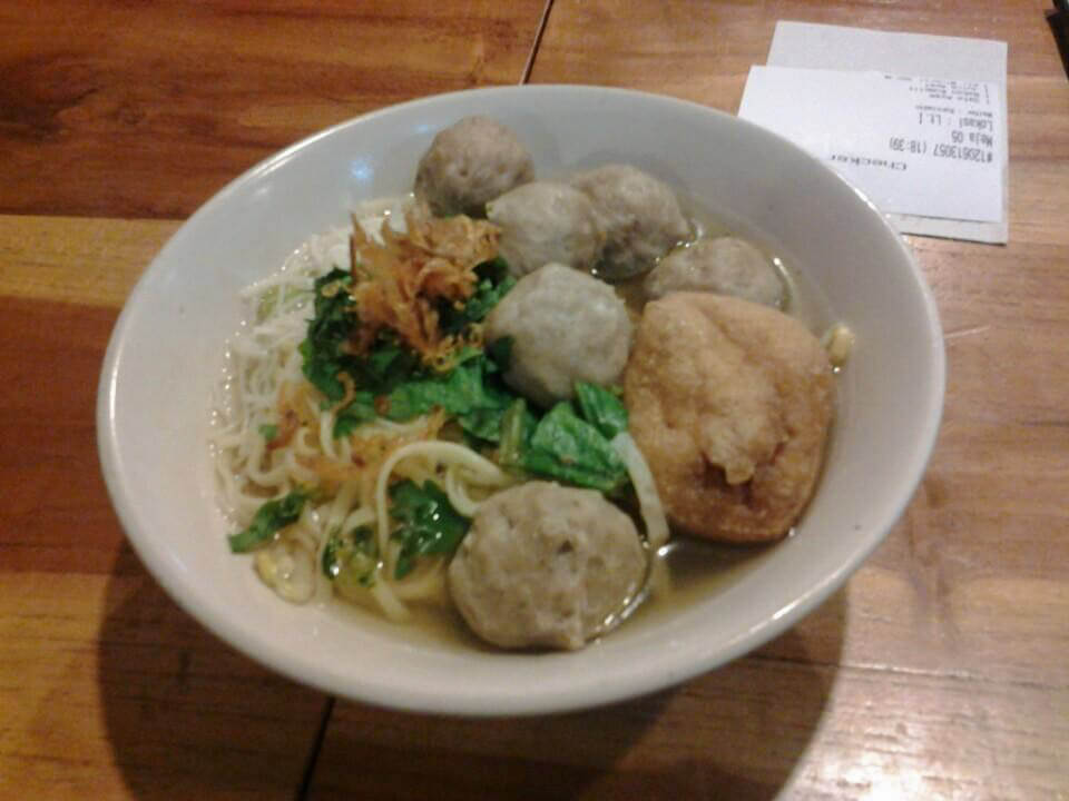 Indonesian Food Cheat Sheet: Bakso Daging, Indonesia's comfort food