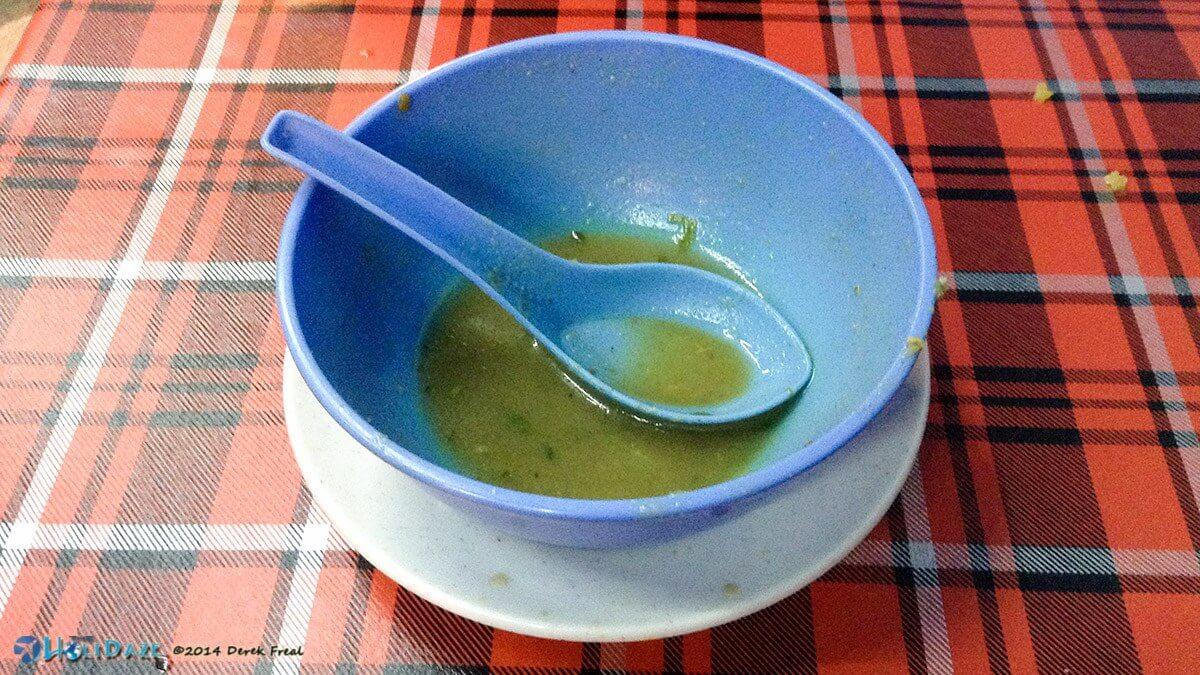 Derek Eats That! Episode 01: Sup Torpedo in Malaysia