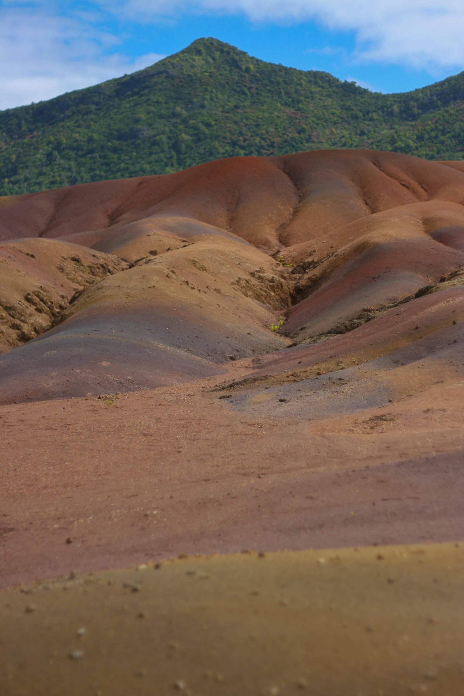 The 7-colored sands of Mauritius are a geological wonder and unexplained by geologists