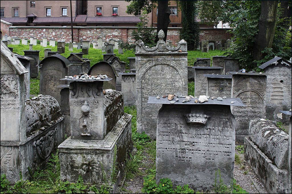Remuh synagogue and cemetery is one of the best Krakow attractions