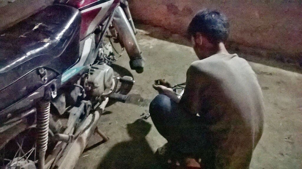Night mechanic in Vietnam