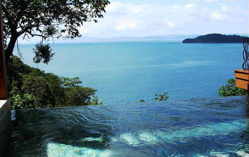 Travel wisdom: infinity pools provide an infinite amount of fun