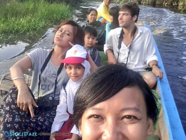 Siak Boat Scene