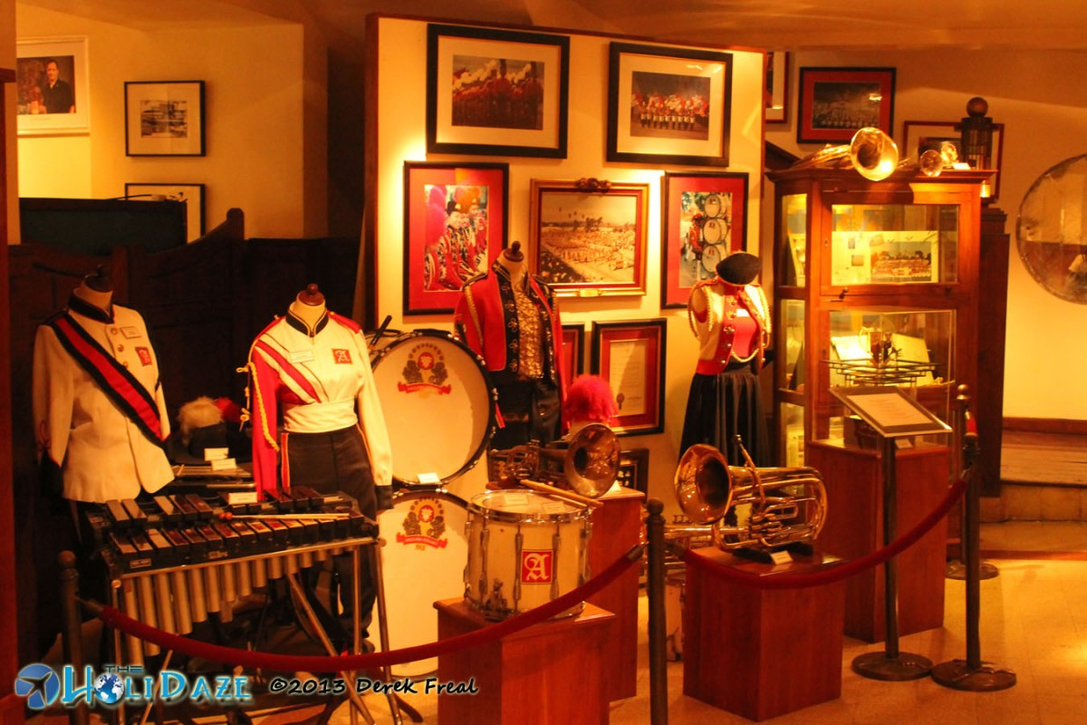 House Of Sampoerna Marching Band Outfit And Equipment