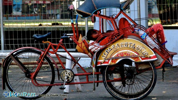Chill In Your Becak