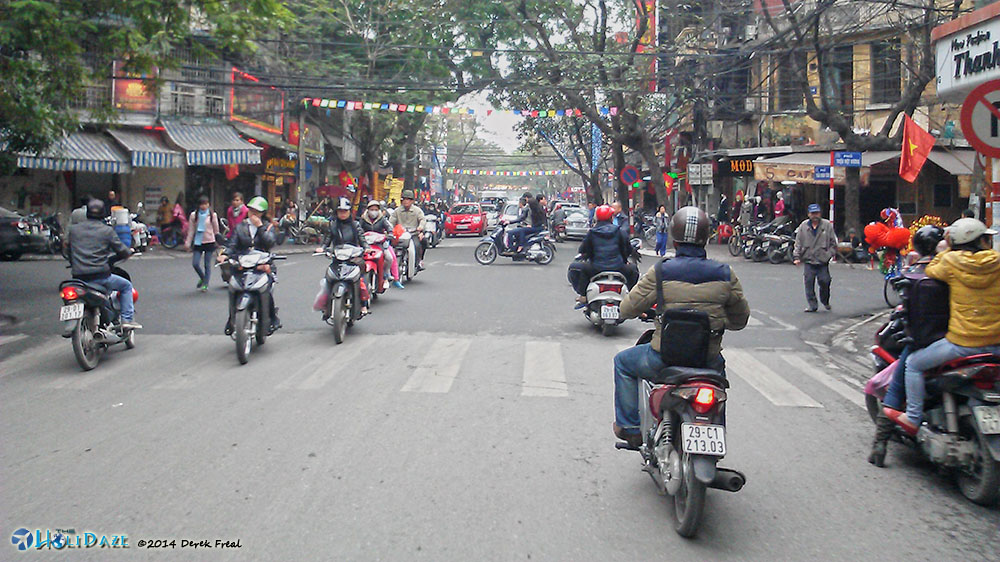 Free-For-All Intersections In Vietnam