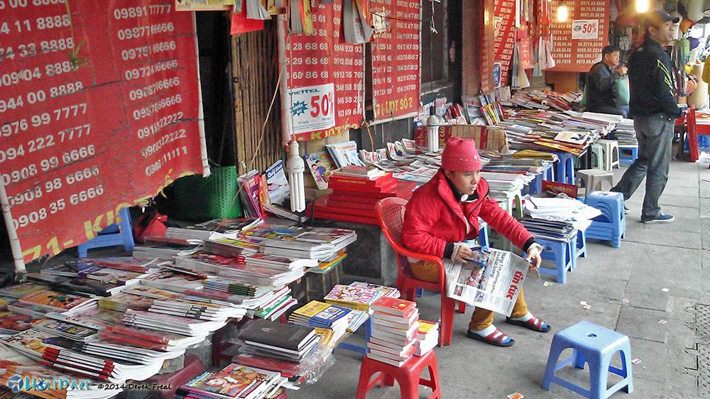 Magazine / Viettel SIM Card Store In Hanoi, Vietnam