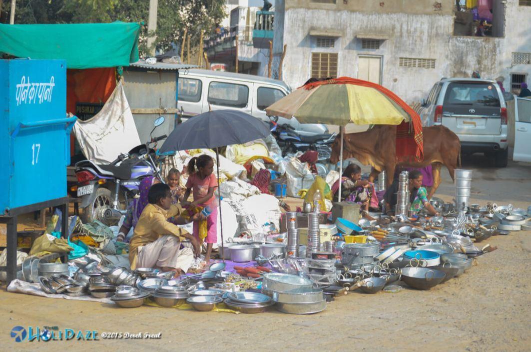 Kitchenware vendor at the Pushkar Camel Fair 2015