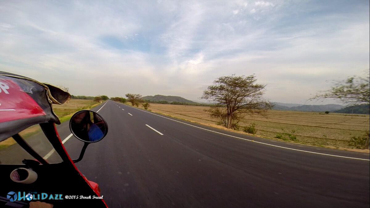 Open roads on the April 2015 Rickshaw Run
