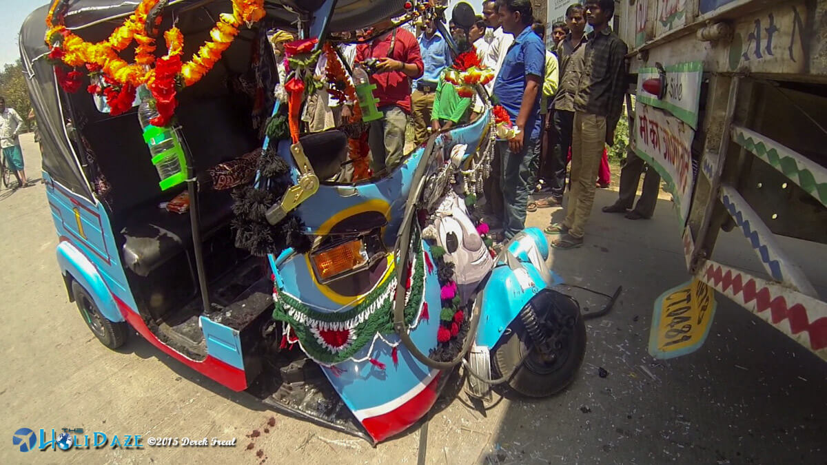 Rickshaw Run 2015 accident