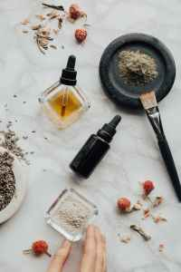 various forms of herbal extracts