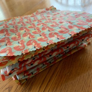 Easy DIY Beeswax Wrap