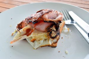 Oh lord how I pined for a bacon & egg breakfast.