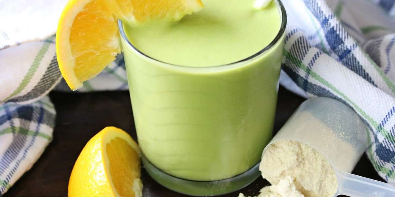 Power-Packed Orange Mango Green Smoothie Recipe