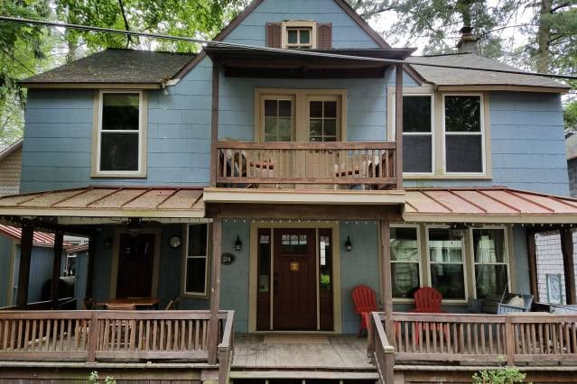 Use Airbnb instead of a hotel when visiting Hershey park.