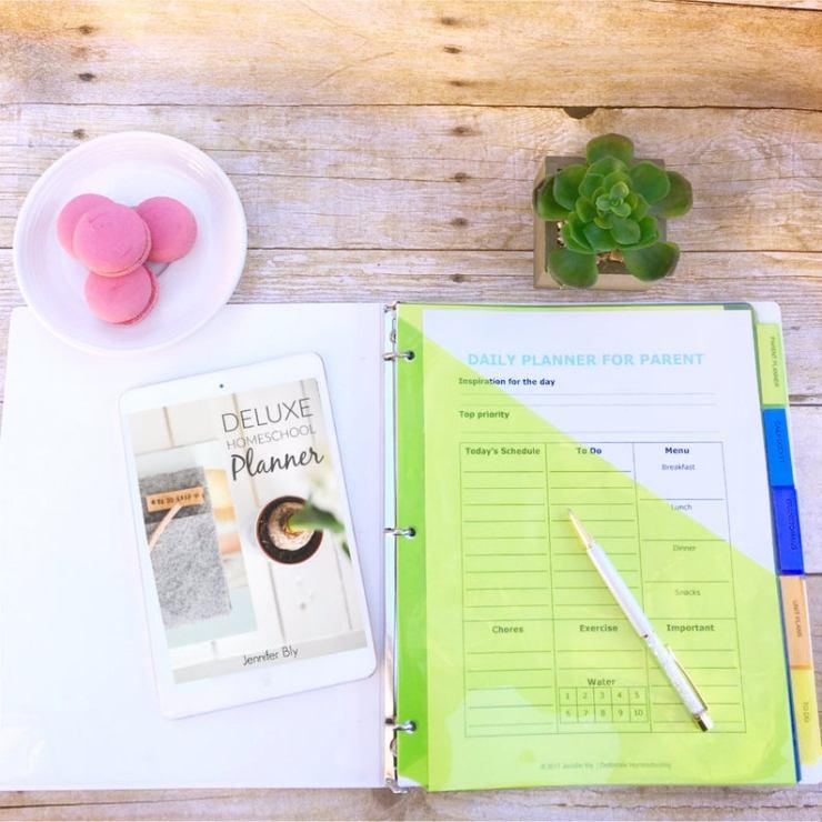 Printable Homeschool planners (10)