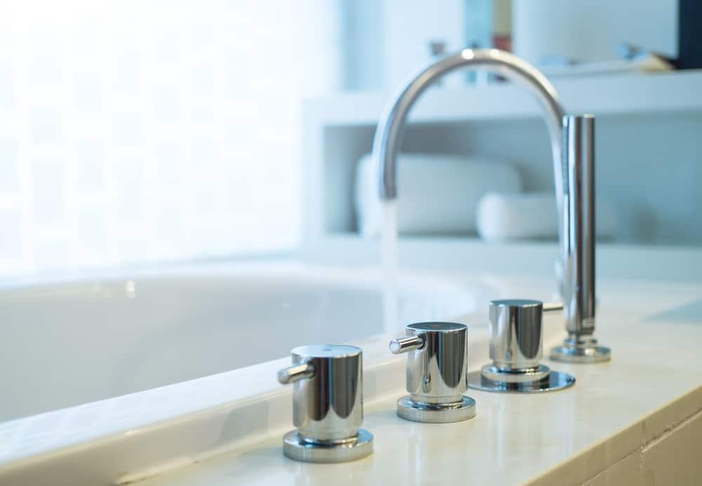 leaky bathtub faucet 13 easy steps