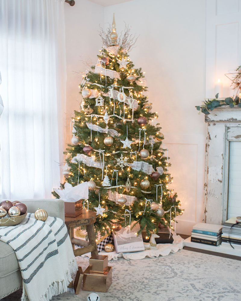 Home Style Christmas Tree Decorating Ideas The Honeycomb Home