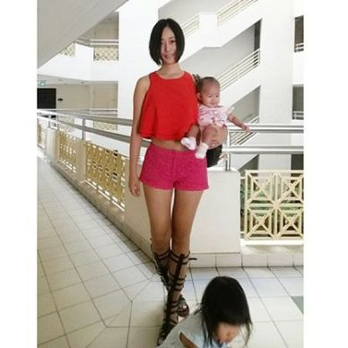 Qiqi exuding confidence while juggling multiple roles in addition to being a mother.