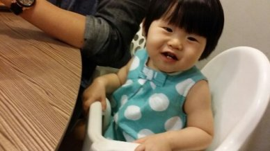 Baby V having fun at the food event too :)