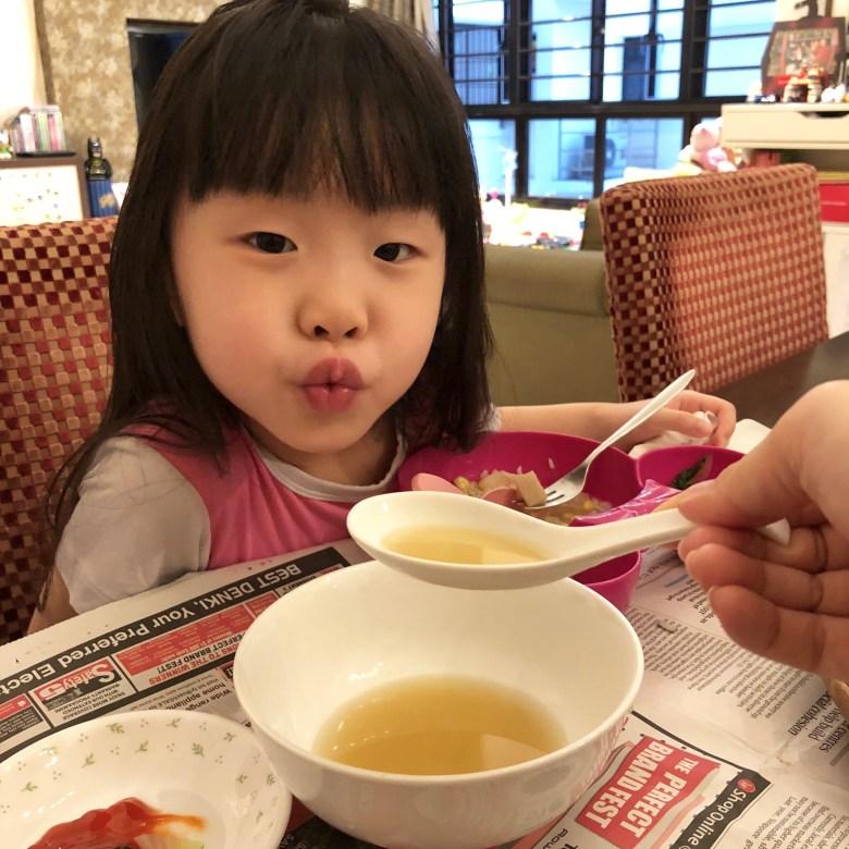 Vera drink chicken essence for children