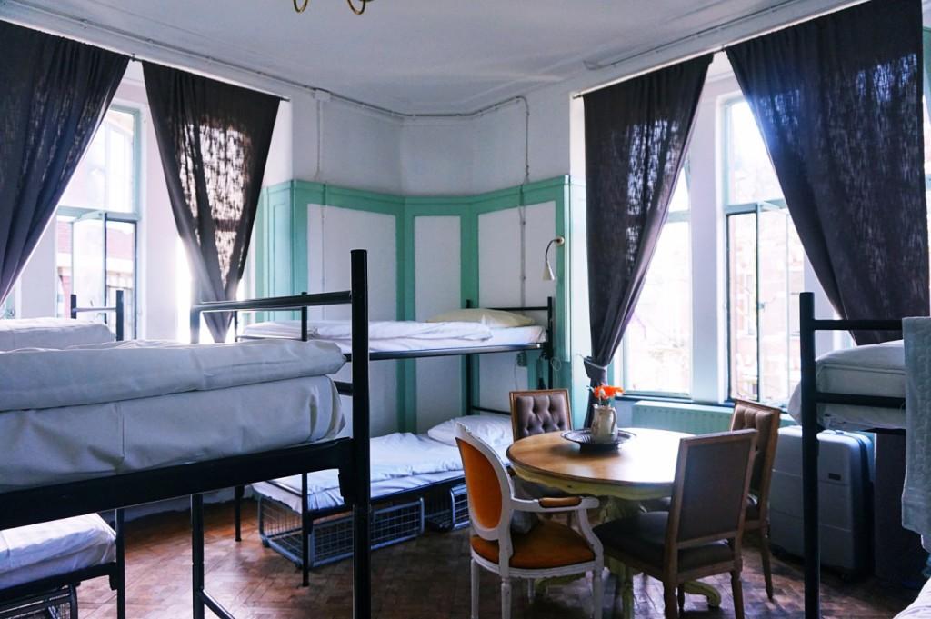 Beehive Hostel Private Room