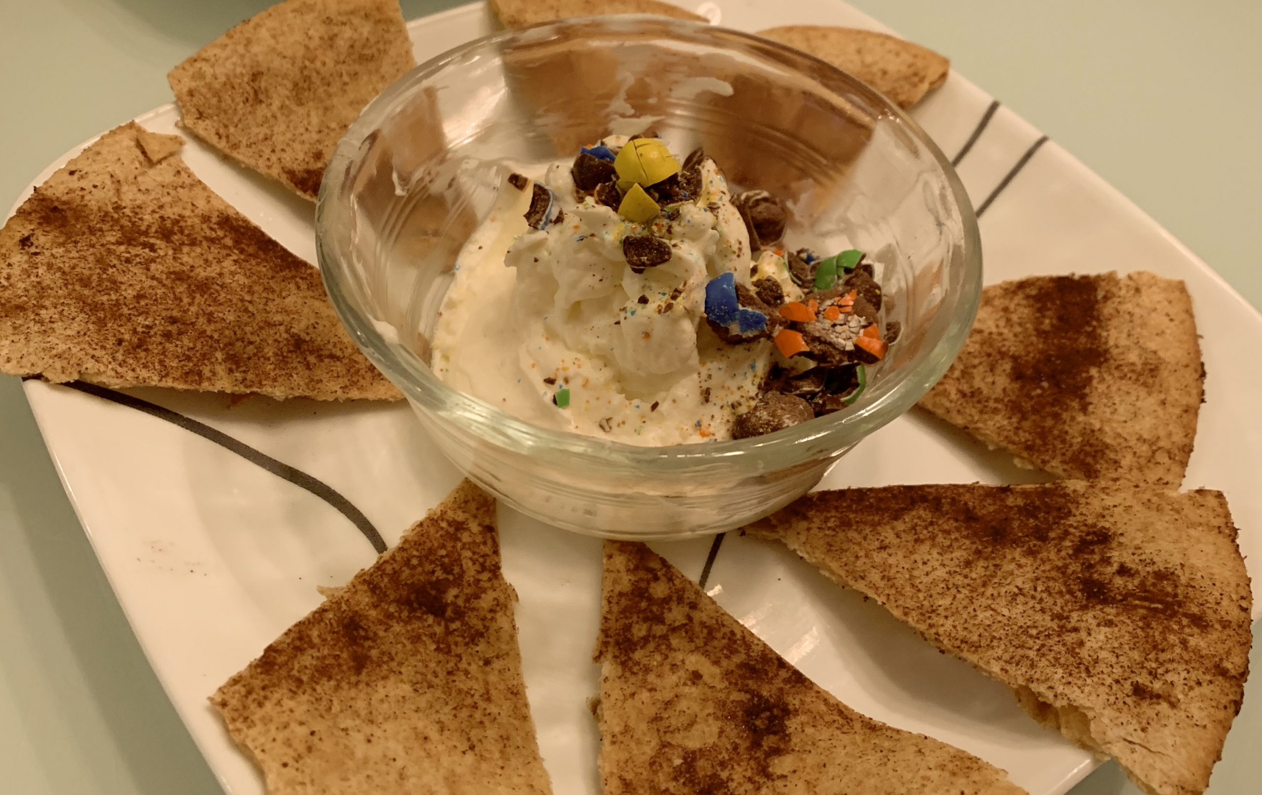 Dessert nachos - The Hot Mess Press
