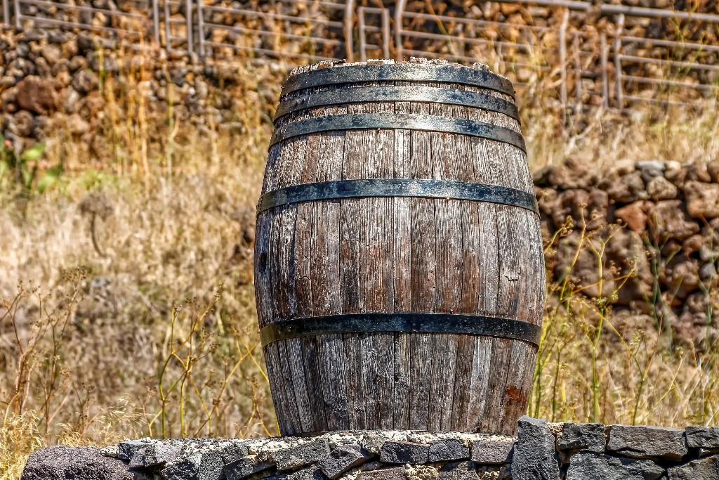 Barrel, water storage