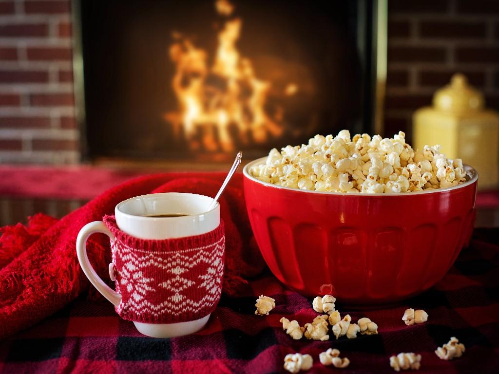 Winter, popcorn, coffee