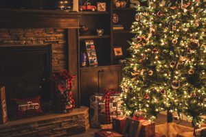 2020 Holiday season: A different way to celebrate - The Hot Mess Press