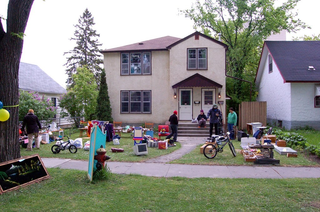 House Yard sale