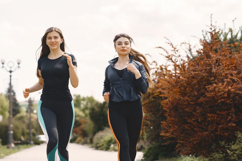 Women jogging - Allergies