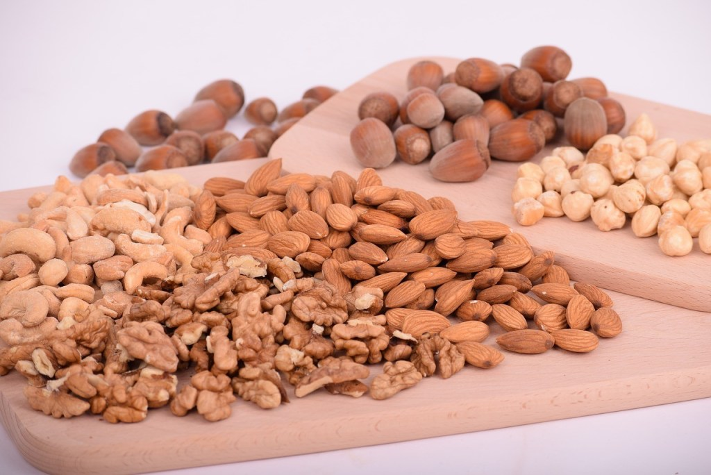 heart health, platter of almonds, cashews and walnuts