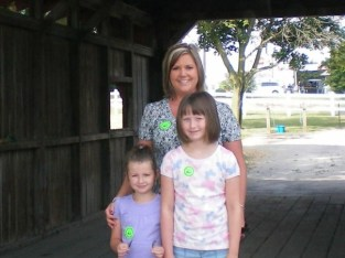 Elisa,D and Avery