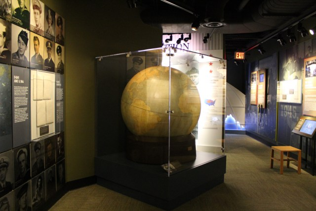 fdr-library-globe