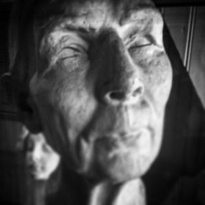 A blind statue