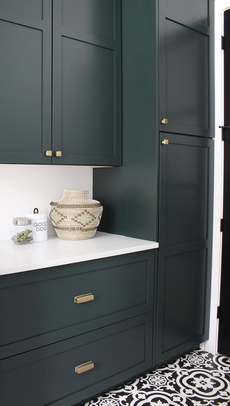 Green Gold And Black Kitchen Novocom Top