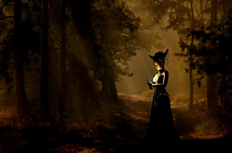 danielle dulsky, witch, wild woman, yule, darkness