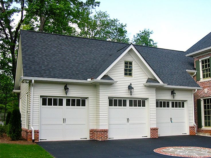 3-Car Garage Apartment Plan #053G