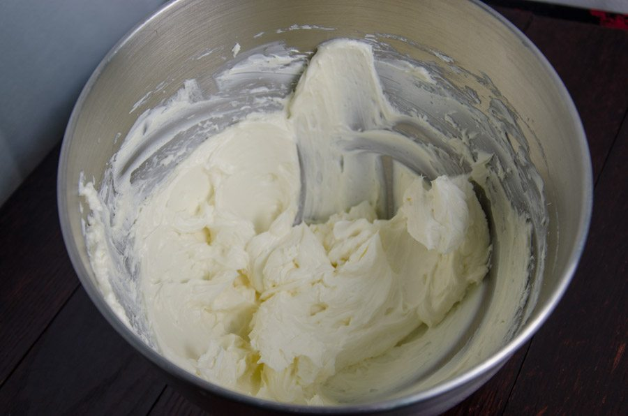 Whip together cream cheese and sugar.