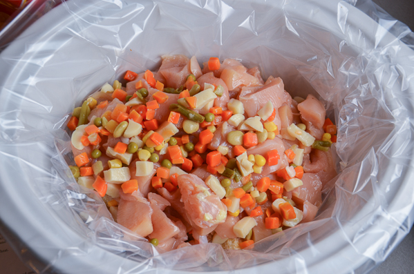Shake 1/2 of vegetables over. Add diced chicken over mixture. Salt and pepper. Shake remaining 1/2 of vegetables over.