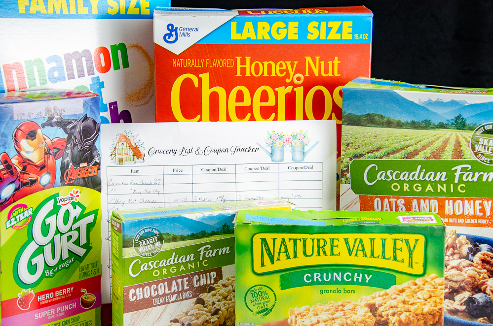 Free Printable Grocery List and Coupon Tracker. And a great deal to write on it! Up to $20 in Back-to-Digital Coupon Savings on General Mills products. #free #freeprintable #StockUpBTS #CollectiveBias #Publix #ad