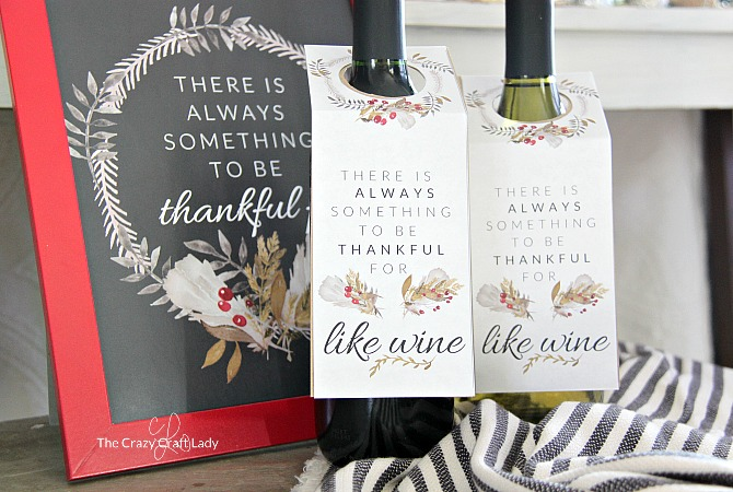 Thanksgiving Wine Tag Printable. Part of Free Thanksgiving Printables Round-Up. Over 50 free Thanksgiving printables including decor, planners, labels, food decoration, and more! #thanksgiving #free #printable #freeprintable #thanksgivingprintable