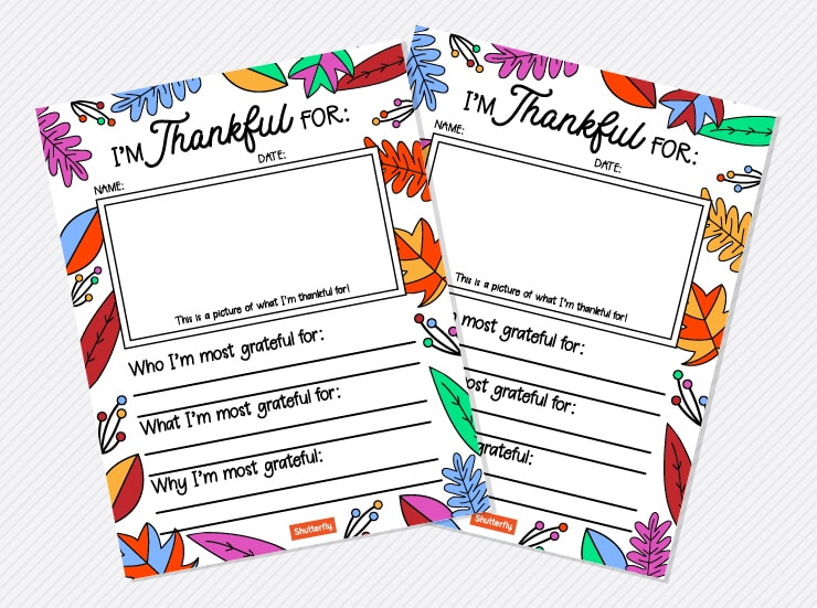 I am Thankful For. Part of Free Thanksgiving Printables Round-Up. Over 50 free Thanksgiving printables including decor, planners, labels, food decoration, and more! #thanksgiving #free #printable #freeprintable #thanksgivingprintable