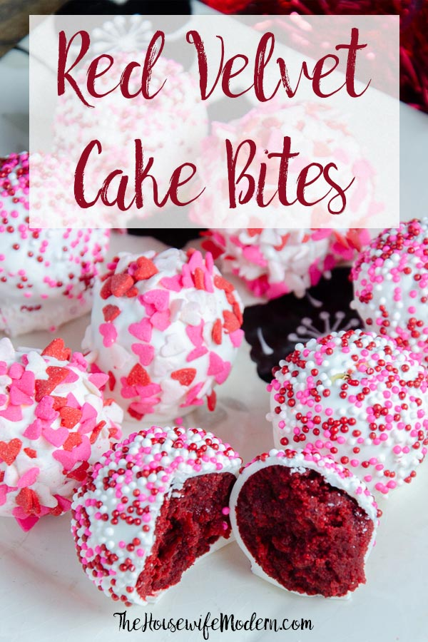 Red Velvet Cake Bites. Moist red velvet mixed with luscious white chocolate cream cheese frosting. A classy, beautiful dessert for all occasions. #redvelvet #cake #cakebites #cakepop