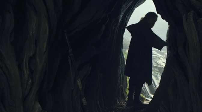 Breaking Down the STAR WARS: EPISODE VIII – The Last Jedi Trailer
