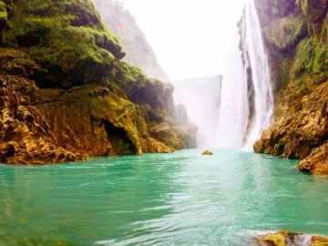 Tamul Waterfall, Aquismon, San Luis Potosi